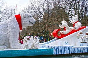 Bears on Santa Claus parade